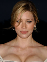 Jessica Biel posing sexy in front of the camera. 9 pictures